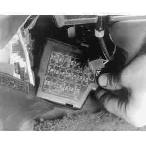 location mazda 929 fuse box mazda 3 fuse box under glove box #4